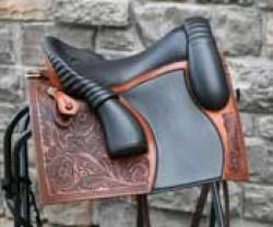 1067 Bueckeburger Schooling Saddle